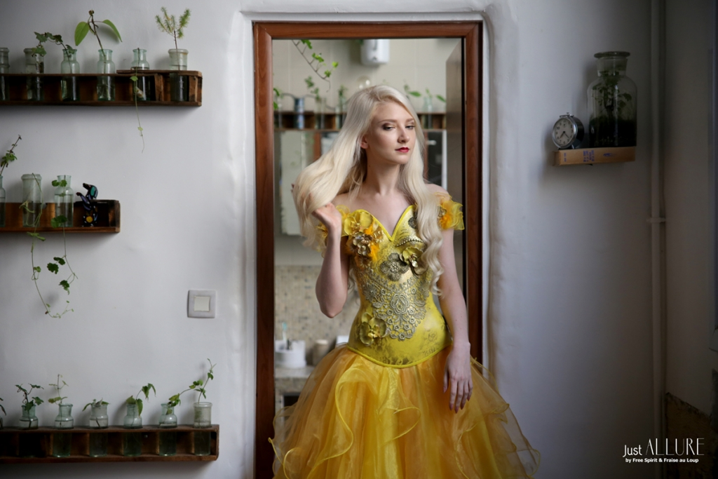 robe jaune de princess maria amanda fraise au loup
