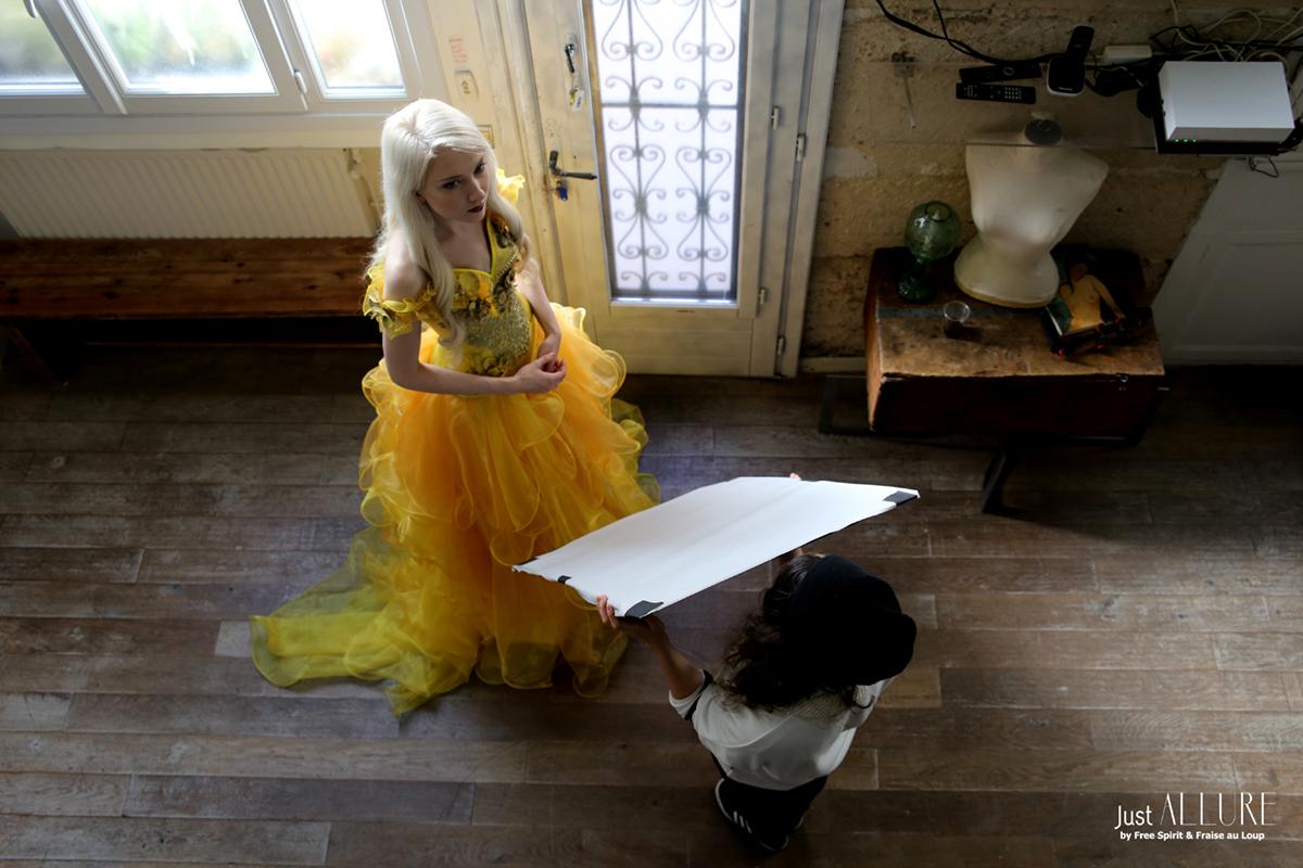 Fraise au loup robe jaune de princesse clip video cinéma