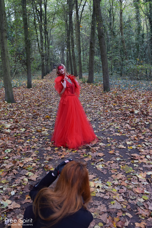 maquillage rouge robe Free Spirit Fraise au Loup Just ALLURE Rebecca M Fotografie shooting photo photographie mode tapis rouge fashion avant garde